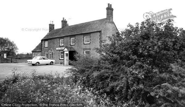 Buckland, The Trout Inn c.1965