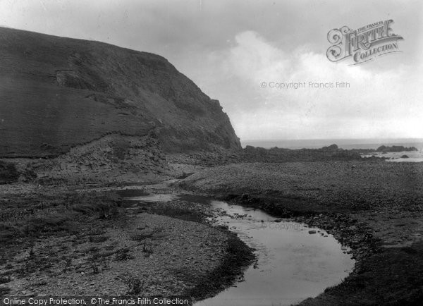 Bude, Coombe Valley Beach 1929