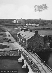 Bude, Cottages By The Old Bridge 1890