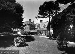 Bude, Efford Down Hotel c.1960