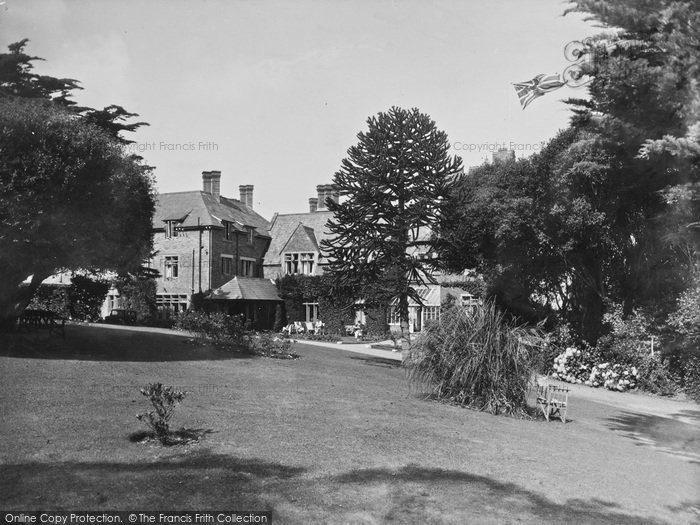 Bude, Efford Down Hotel From The Garden 1935