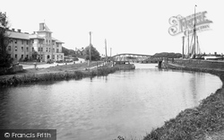 Bude, Falcon Hotel And Canal 1920