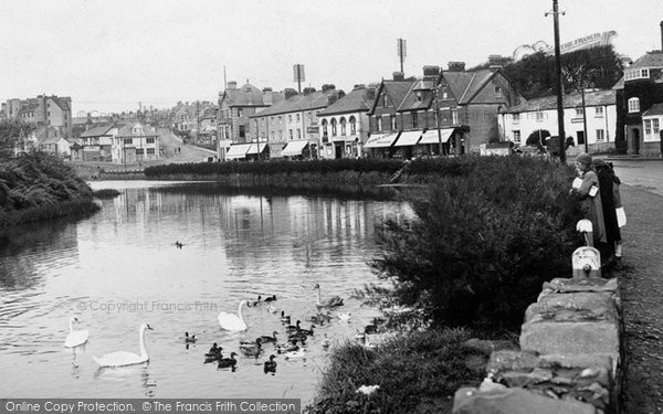 Bude, Feeding The Ducks 1923