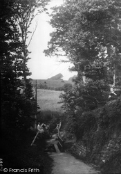 Bude, Footpath To Poughill 1931