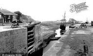 Bude, Lock And Breakwater 1893