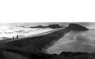 Bude, The Breakwater 1920