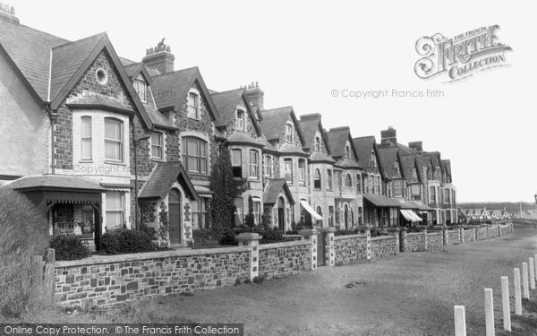 Bude, West Cliff Terrace 1900