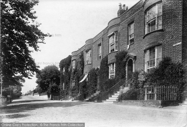 Budleigh Salterton, East Terrace 1906