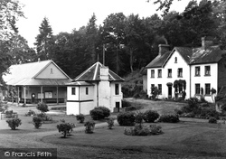 Builth Wells, Park Wells c.1935