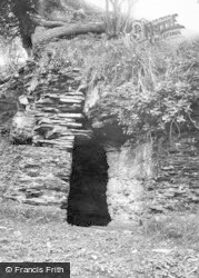 Builth Wells, Prince Llewellyn's Cave 1936