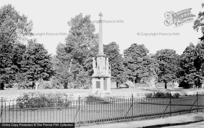 Builth Wells, The War Memorial c.1955