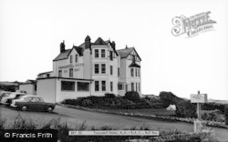 Trecastell Hotel Aa Rac c.1965, Bull Bay