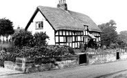 Bunbury, Tudor Cottage c1960
