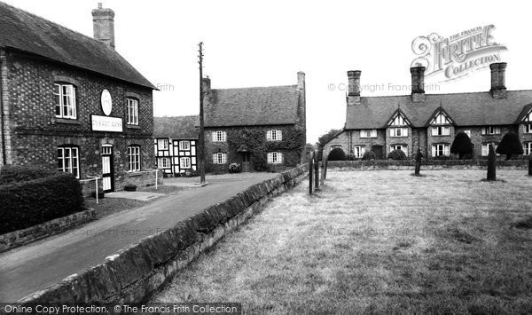 Bunbury, Village And The Dysart Arms c.1960