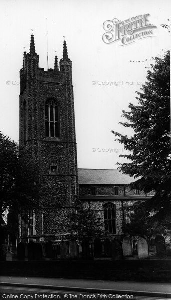 Bungay, St Mary's Church c.1965