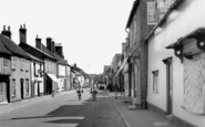 Buntingford, High Street c1955