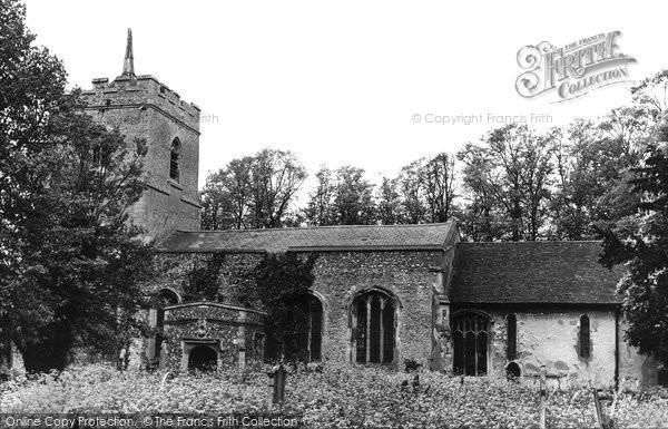 Photo of Buntingford, Layston Church c1950