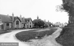 Eastcourt, Village School 1907, Burbage