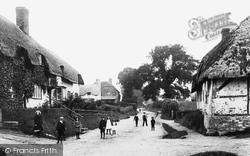 The Village 1907, Burbage
