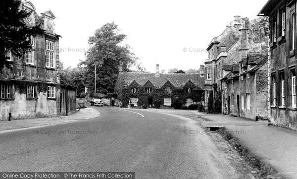 Burford, Bridge Approach c.1965