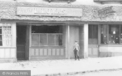 Burford, L.Lomas Family Butcher c.1900