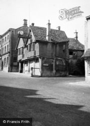 The Tolsey 1948, Burford