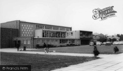 Burgess Hill, Oakmeeds School c.1965