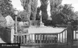 The Memorial c.1960, Burgess Hill