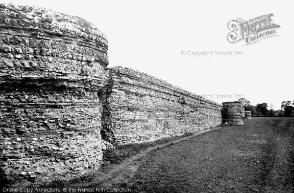 Burgh Castle, The Watch Tower And Castle Walls c.1931