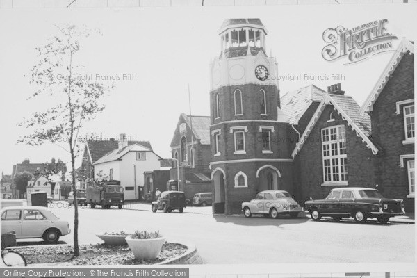 Clock Tower, Burnham-on-Crouch, c.1965, Essex.  (Neg. B325125)  © Copyright The Francis Frith Collection 2005. http://www.francisfrith.com