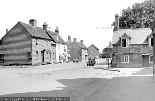 High Street, Burnham-on-Crouch, c.1955, Essex.  (Neg. B325012)  © Copyright The Francis Frith Collection 2005. http://www.francisfrith.com
