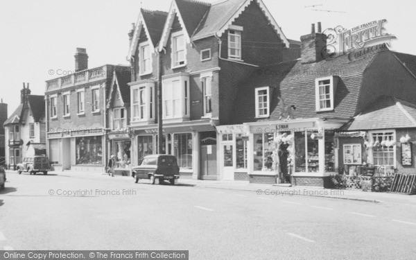 High Street, Burnham-on-Crouch, c.1965, Essex.  (Neg. B325113)  © Copyright The Francis Frith Collection 2005. http://www.francisfrith.com
