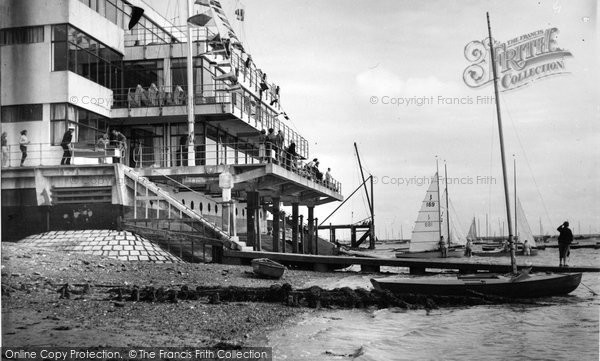 Burnham On Crouch, Royal Corinthian Yacht Club c.1960