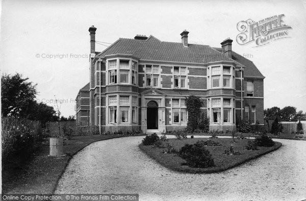 Burnham On Sea, Naish House 1907