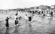 Burnham-on-Sea, Paddling 1918