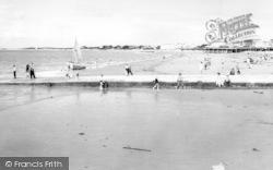 Burnham-on-Sea, The Beach c.1960