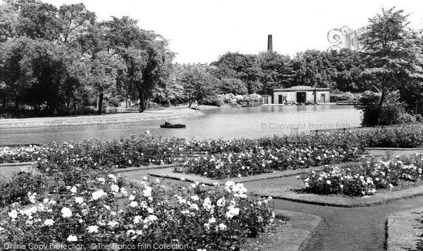 Burnley, Thompson Park c.1960