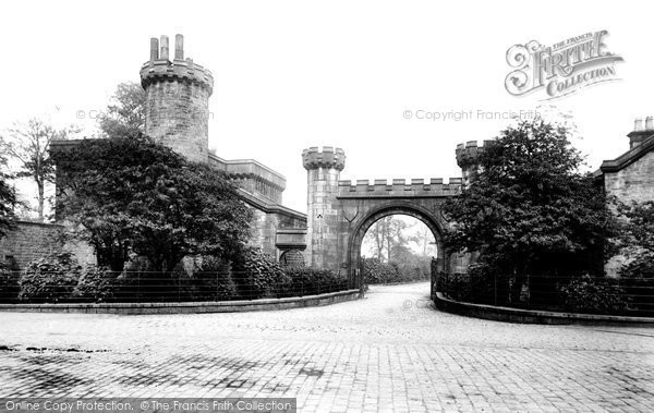Burnley, Towneley Park Gate 1895