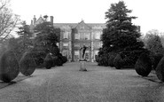 Burton Agnes, Hall 1908