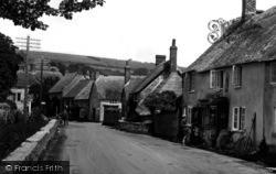 Burton Bradstock, Village 1930