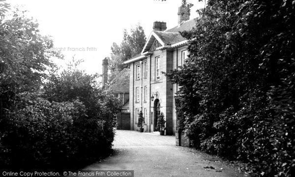 Burton, Entrance To Burton Manor c.1955