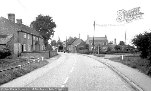 Burton On The Wolds, Melton Road c.1960