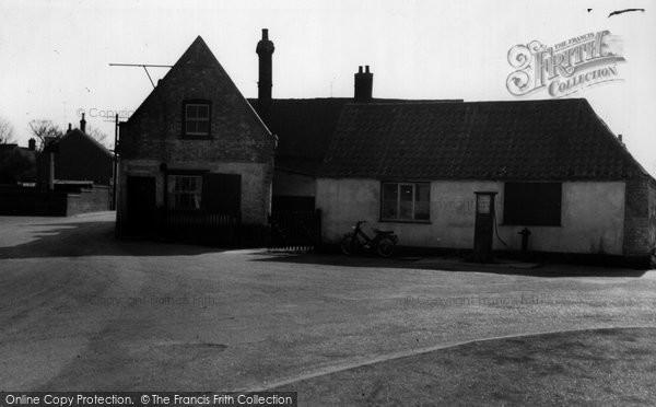 Burwell, The Old Village Pump c.1955