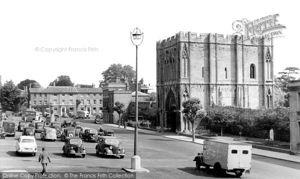 Bury St Edmunds, Abbey Gate And Angel Hill c.1960