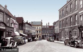 Bury St Edmunds, Buttermarket c1955