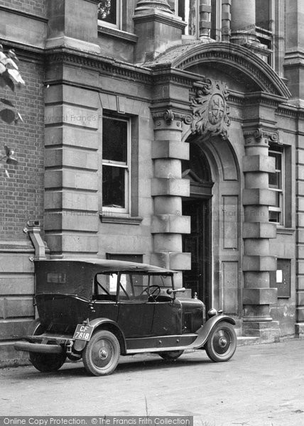 Bury St Edmunds, Old Car 1929