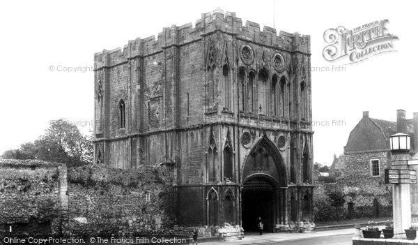 Bury St Edmunds, The Abbey Gateway c.1955