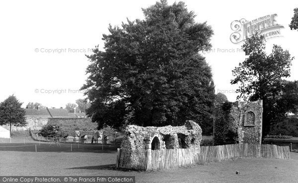 Bury St Edmunds, The Dovecote, Abbey Gardens c.1955