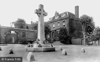 Bury St Edmunds, War Memorial 1922