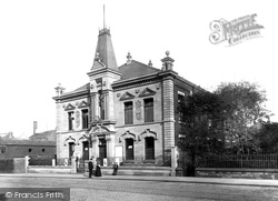 Textile Hall 1895, Bury